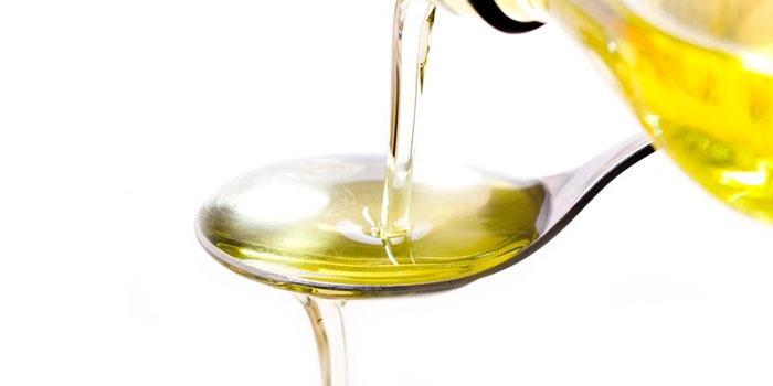 Касторовое масло в ложке