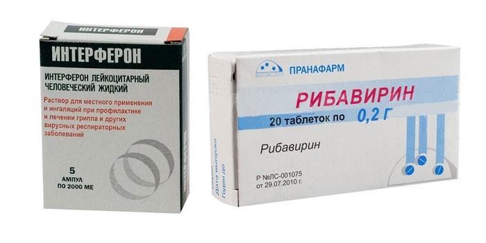 Интерферон и таблетки Рибавирин