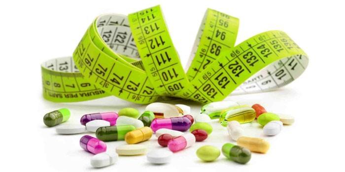 Лекарственные препараты и сантиметр