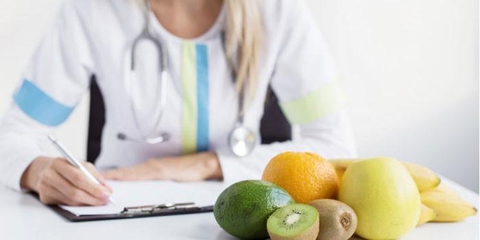 Доктор и фрукты