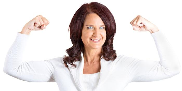 Здоровая и радостная женщина