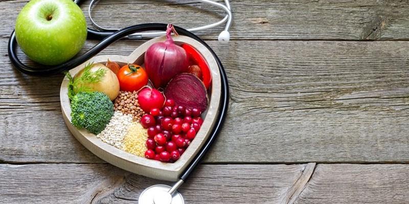 Овощи и фонендоскоп