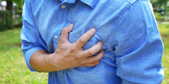 Болевые ощущения в области сердца у мужчины