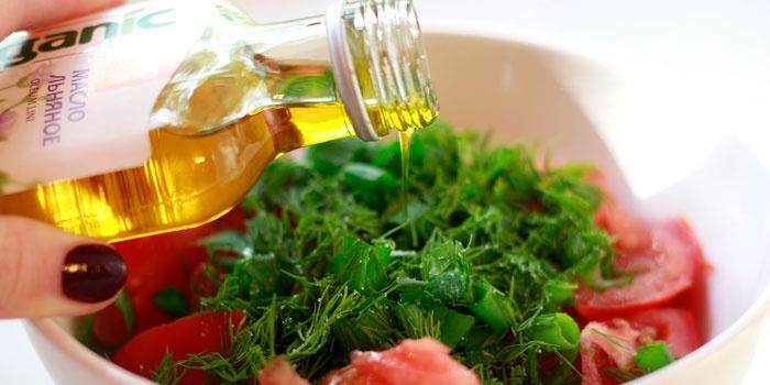 Льняное масло и салат