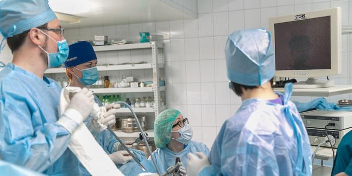 Проведение лапароскопической операции