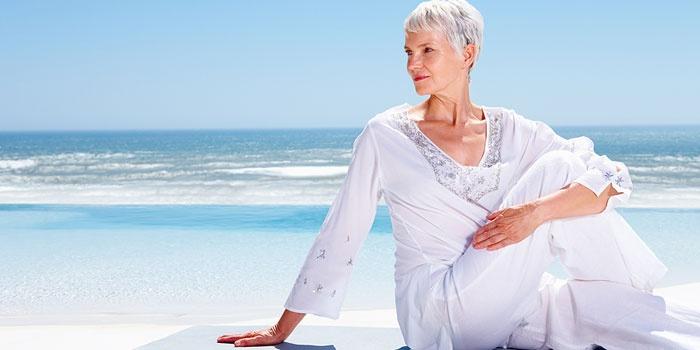 Приливы жара у женщин, причины: как избавиться от приливов во время климакса