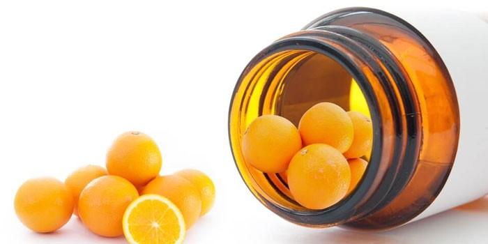 Апельсины в баночке