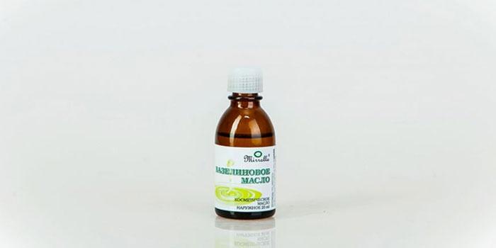 Вазелиновое масло в бутылочке