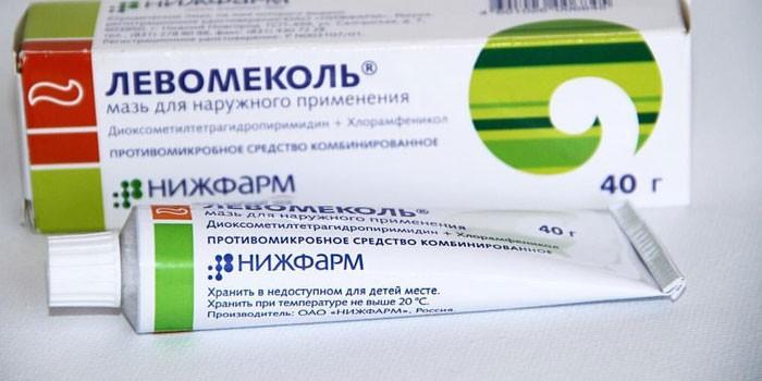 Мазь Левомеколь в упаковке