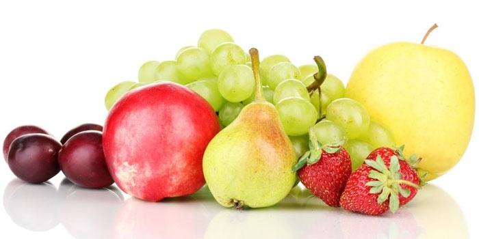 Фрукты и ягоды для диеты