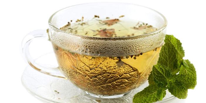 Травяной чай при климаксе