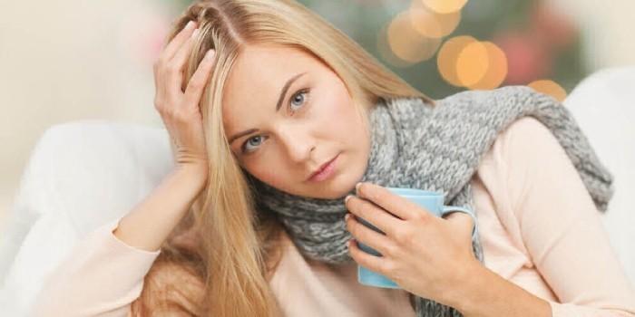 Обильное питье при воспалении горла