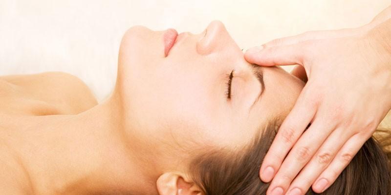 Точечный массаж при давлении