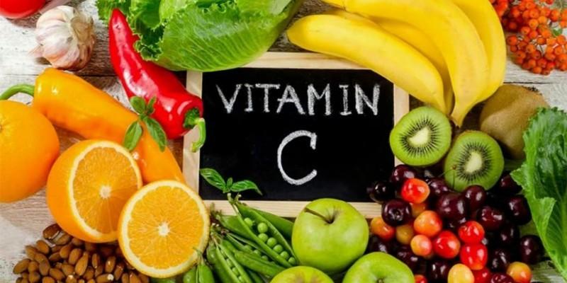 Богатые аскорбиновой кислотой овощи и фрукты