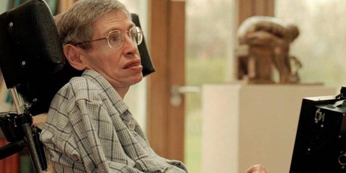 Человек с боковым амиотрофическим склерозом