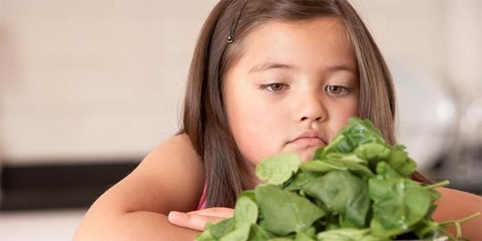 Девочка и шпинат
