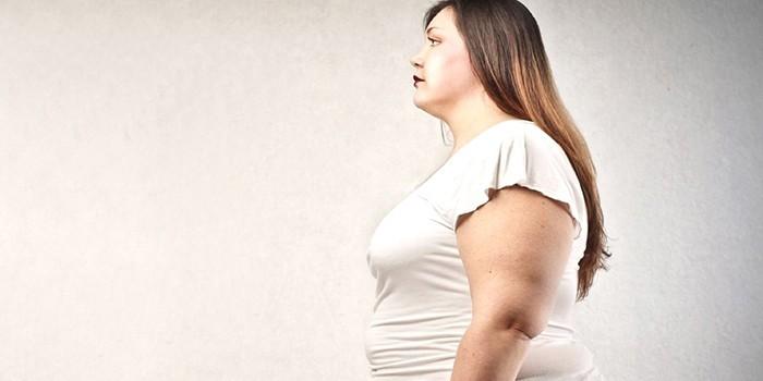 Женщина с излишней массой тела