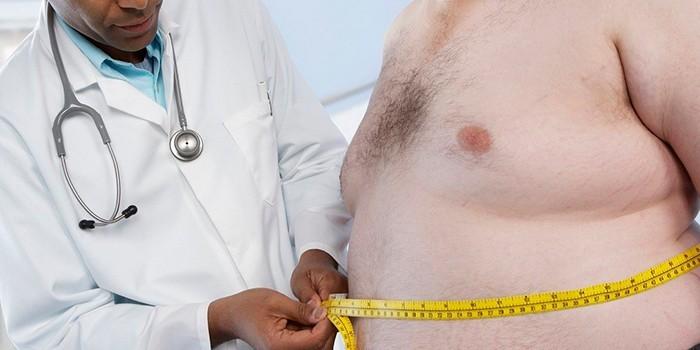 Пациент с ожирением на приеме у врача