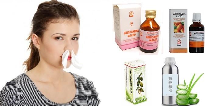 Турунды в носу у девушки и эфирные масла