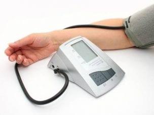3 недорогих аппарата для самостоятельного измерения артериального давления: приборы и отзывы