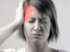 Болит правая сторона головы постоянно или периодически — дополнительные симптомы, терапия и профилактика