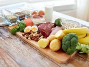 Диета при геморрое у мужчин: меню и правильное питание