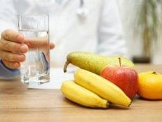 Диета при пиелонефрите у взрослых — список запрещенных и разрешенных продуктов