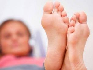 Грибок стопы - причины и пути передачи заболевания, схема терапии