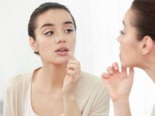 Хейлит на губах - причины возникновения, симптомы и лечение
