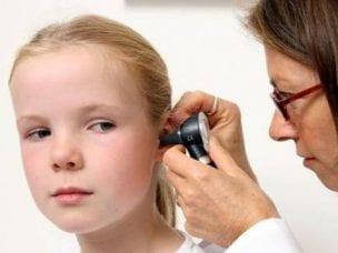 Хронический отит у взрослого и ребенка - симптомы и лечение