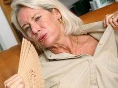 Как избавиться от потливости при климаксе — средства и лекарства для уменьшения потоотделения у женщин