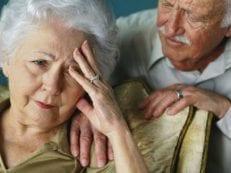 Лекарства от головокружения у пожилых людей: препараты и народные средства