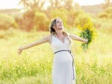 Масло от растяжек при беременности — свойства для профилактики и лечения стрий