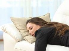 Нарколепсия  — причины возникновения, проявления, методы терапии, осложнения и профилактика