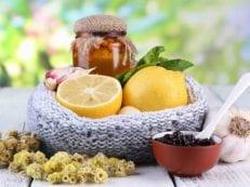 Народные средства от кашля сухого или влажного — самые действенные рецепты отваров, настоек и смесей