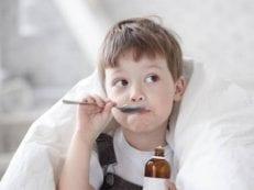 Отхаркивающие средства при сухом кашле для детей — медикаментозные и народной медицины