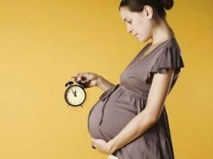 Предвестники родов у первородящих - первые признаки, продолжительность и порядок действий