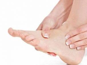 Причины отека ног у мужчин и женщин - нарушение обменных процессов