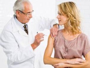 Прививка от кори взрослому - виды вакцин, показания и осложнения