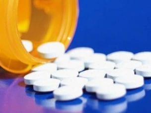 Таблетки от герпеса на губах - обзор препаратов с инструкцией и ценой