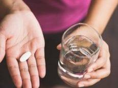 Таблетки при болях в суставах — виды и группы лекарственных средств для снятия воспаления и лечения
