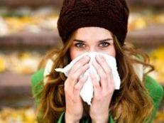 Желтые сопли у взрослого — как лечить медикаментами и народными средствами